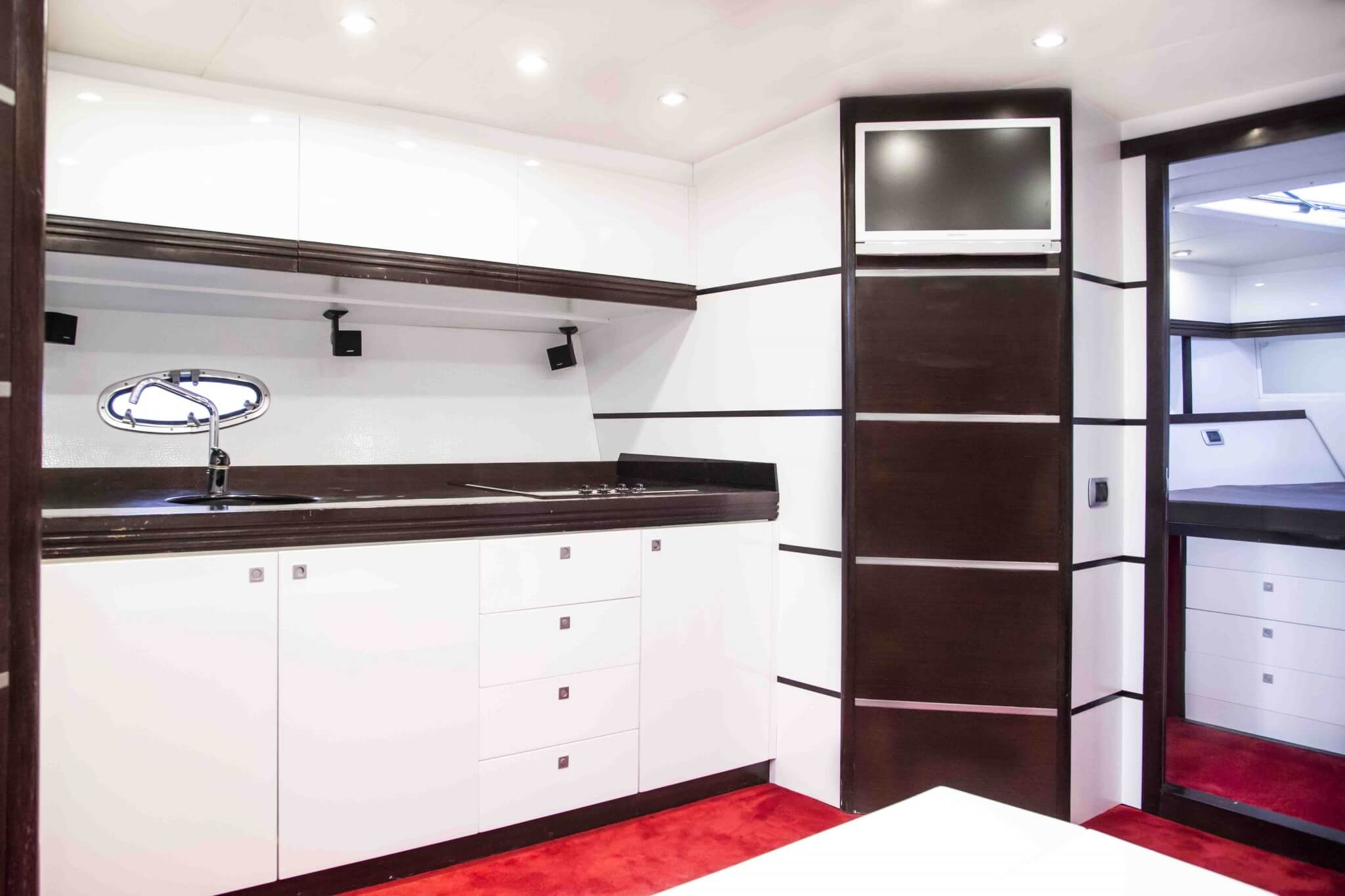 STEALTH 50R - Ibiza Boats & Yachts Rental Smart Charter Ibiza